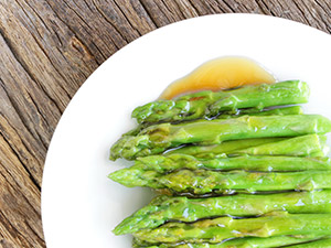 Spicy Sauteed Asparagus